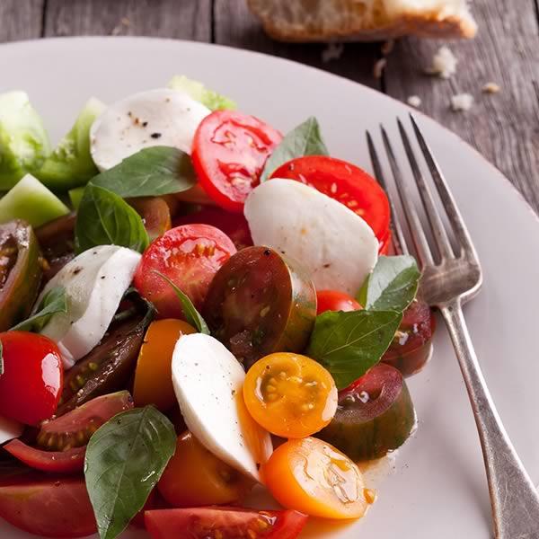 Meze Caprese Salad