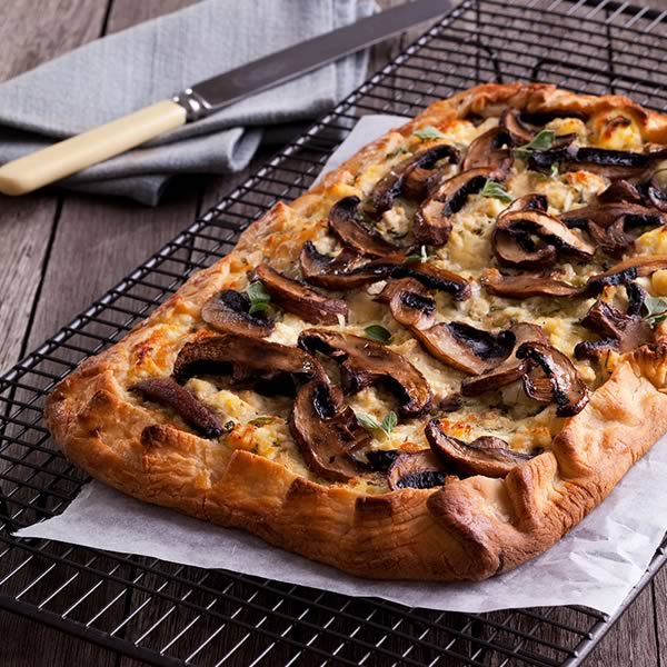 Mushroom & Meze Ricotta Pie